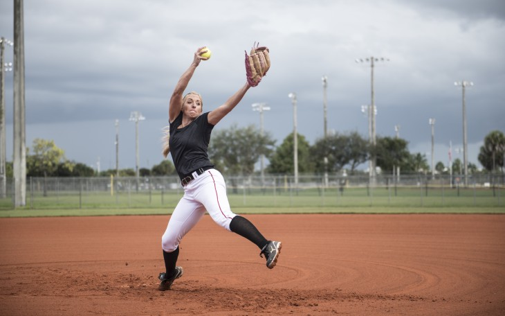 movement analysis of a softball throw